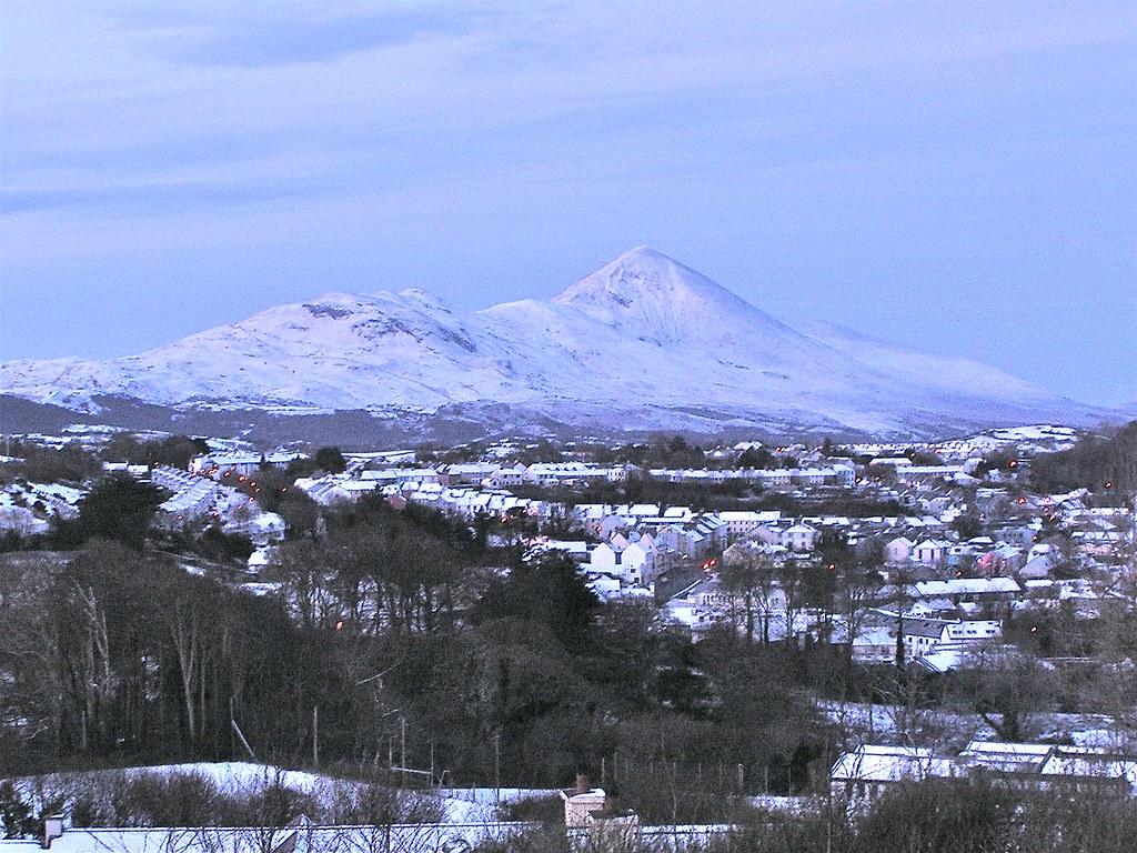 Kết quả hình ảnh cho Croagh Patrick ireland winter