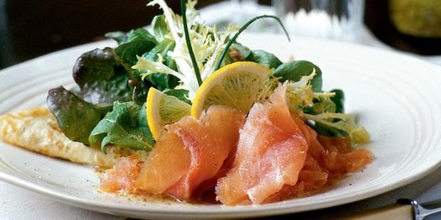 Cá hồi hun khói, món ăn ưa thích của người Ireland